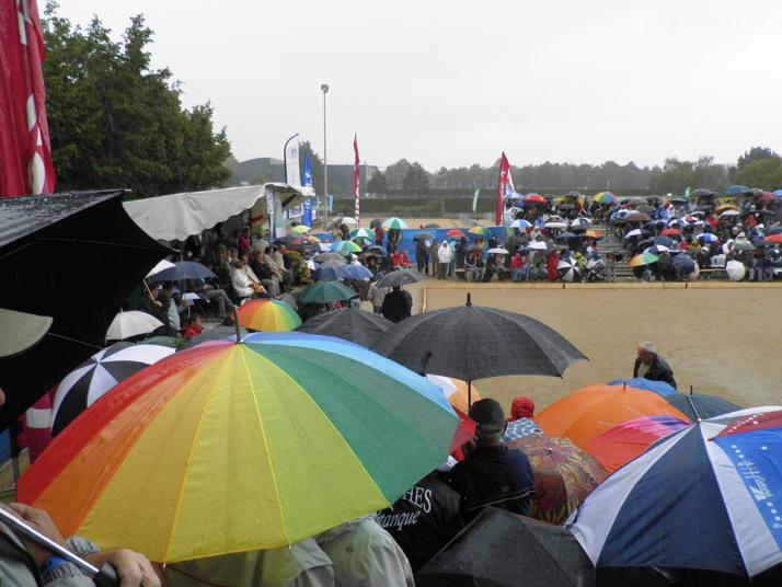 Les parapluies comme a Roland Garros !!