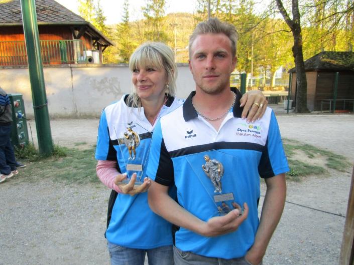 Chantal GIRARD et  Christophe ROOSEN  (Gap Alpes Pétanque H.A.) Champions départemental doublettes mixtes.